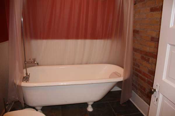 McClelland-clawfoot-tub