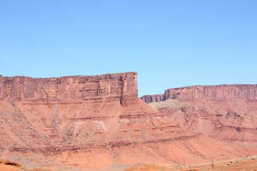 Moab-utah-mountains-3