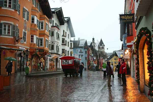 Kitzbuhel-town-square